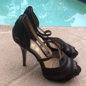 L.A.M.B size 9 Seude and Leather